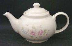 Pfaltzgraff Tea Rose Teapot