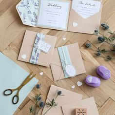 Make your own personalised wedding invitations for the big day. At Søstrene Grene, you can find a variety of arts and crafts supplies for homemade invitations right now. Price per item from DKK 7,70 / EUR 1,08 / ISK 188 / NOK 10,90 / GBP 1,05 / SEK 10,80 / CHF 1,34 / FO-DKK 9,02 / JPY 116