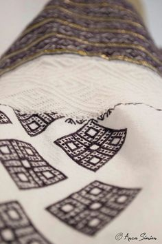 New embroidery, recreation of original blouses in museums around the world. Traditional Outfits, Old And New, Museums, Textiles, Blouses, Embroidery, Stitch, The Originals, Sleeve