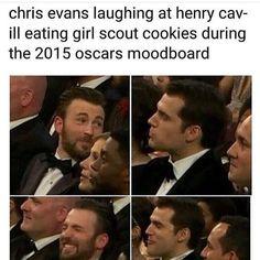 Picture memes — iFunny Chris evans laughing at henry cav- il. - Picture memes — iFunny Chris evans laughing at henry cav- ill eating girl scout - Avengers Humor, Marvel Jokes, Funny Marvel Memes, Dc Memes, Stupid Funny Memes, Funny Relatable Memes, Marvel Avengers, Memes Humor, Hilarious