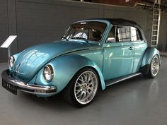 kaç model bu ? Volkswagen Type 3, Beetles Volkswagen, Volkswagen Golf, Vw Super Beetle, Vw Bugs, Volkswagen Convertible, German Look, Vw Cabrio, Vw Vintage