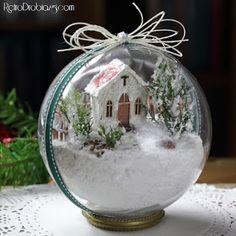 Święta Bożego Narodzenia to powrót do czasów dzieciństwa. Dla mnie już od kilku lat jednym z rytuałów jest zrobienie bombki 3D. Klejenie...