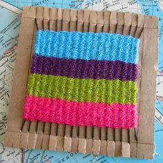 Easy weaving for kids Easy weaving for kids – 20 Best Of Diy Weaving Loom Concept Weaving Projects, Craft Projects, Yarn Crafts, Diy Crafts, Weaving For Kids, Crafts For Kids, Arts And Crafts, Weaving Textiles, Loom Knitting