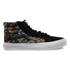 Digging these new Vans.  If you see me wearing them. . .  um. . .like every single day, don't be surprised.  Tapestry Floral SK8-Hi Slim