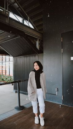Modest Fashion Hijab, Modern Hijab Fashion, Street Hijab Fashion, Casual Hijab Outfit, Hijab Fashion Inspiration, Ootd Hijab, Muslim Fashion, Casual Outfits, Hijab Turban Style