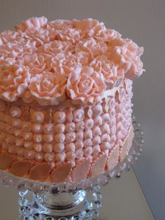 Pink Carnation Cake - Now if only the frosting was a whip cream frosting.....