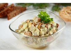 Delicious salad from slightly salted herring, marinated mushrooms, pickles, eggs and parsley with mayonnaise. Chinese Chicken Recipes, Chicken Mushroom Recipes, Leftover Chicken Recipes, Marinated Mushrooms, Stuffed Mushrooms, Seafood Salad, Xmas Food, Fish Dishes, Potato Salad
