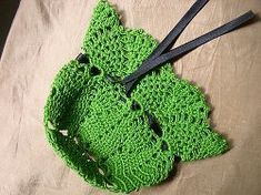 Pineapple Pouch  - free CROCHET pattern - add potpourri or anything you would like in these little pouches.