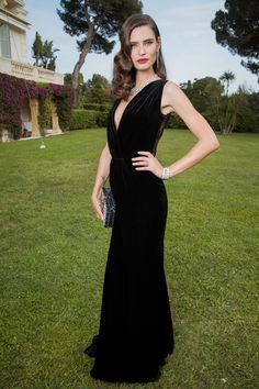 Bella Hadid and Natasha Poly joined Jessica Chastain and Uma Thurman, among others, for one of the most dazzling events in the Cannes diary. On Thursday the biggest names on the Croisette gathered to celebrate the 27th amfAR gala in a truly glamorous fashion. The Great Gatsby themed charity event saw all of the funds go towards the battle against aids. Re-live the glittering evening.