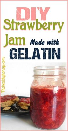 Jam with Gelatin Strawberry Jam with gelatin - The Healthy Honeys. Can use any kind of fruit to make this jelly.Strawberry Jam with gelatin - The Healthy Honeys. Can use any kind of fruit to make this jelly. Canning Recipes, Jam Recipes, Real Food Recipes, Vegetarian Recipes, Yummy Food, Healthy Recipes, Healthy Desserts, Healthy Foods, Strawberry Freezer Jam