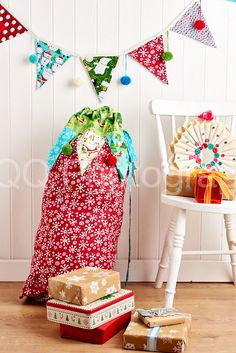 Stuart Hillard made this fab Christmas sack and bunting in the 2015 December issue of Sew mag!