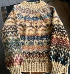 Another Sweater Off the Needles! - - The Guthrie Sweater by Caitlin Hunter is so much fun to knit and I have enjoyed every stitch! Sweater Knitting Patterns, Knit Patterns, Fair Isle Pullover, Fair Isle Knitting, Knit Fashion, Hippie Style, Knitwear, Knit Crochet, Cool Outfits
