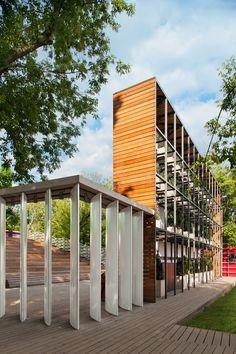 Summer Cinema  / Wowhaus Architecture Bureau
