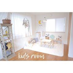 女性で、2LDKの子供と暮らす。/ウッドカメラ/モノトーンインテリア/グレーインテリア/IKEA…などについてのインテリア実例を紹介。「愛用品は、楽天ルームにて◎ https://room.rakuten.co.jp/room___yoko.rty」(この写真は 2017-04-01 01:22:54 に共有されました)
