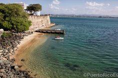 Puerto Rico Es... ¡El Viejo San Juan! - Foto por Omar Reyes Villanueva  www.puertoricoes.com https://www.facebook.com/portoricoes https://twitter.com/PuertoRicoEs1