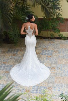 Camden Town By Dando London With Its Incredible Back Detail Available To Try At Dress Dreams Kent