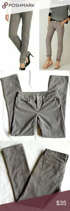 """Ann Taylor LOFT Cords The Modern Straight corduroy pants in gray. Five pockets,  zipper closure and single button,  belt loops. 67% cotton 31% polyester 2% spandex.  15.5"""" waist,  8"""" front rise, 30"""" inseam.  In excellent condition. LOFT Pants Straight Leg"""