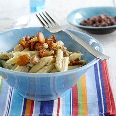 Chanterelle with pasta - Kantarelli-tomaatti -pasta, resepti – Ruoka.fi