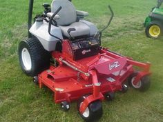 2008 Exmark 60 LZ w/25 Kohler command and ROPS. Commercial lawn mower!