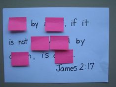 Post-it Memory Tool - great idea - have the guys make this at snl and hand out post it notes for them to use at home with it Sunday School Activities, Bible Activities, Sunday School Lessons, Bible Games, Bible Study For Kids, Bible Lessons For Kids, Memory Verse Games, Kids Memory Verses, Bible Verse Memorization