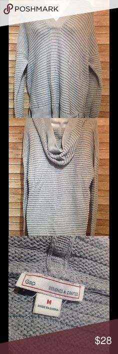 gap gray oversized chunky hooded sweater size m gap gray oversized chunky hooded sweater size m Underarm to underarm is 23 inches Nape is 29 inches GAP Sweaters Crew & Scoop Necks