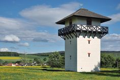 Vicomte, Lookout Tower, Tower House, Tours, New Builds, Tiny Homes, House Plans, Castle, Army