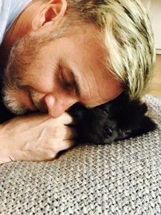 Gary Barlow and the Hugo dog. Barlow Girl, Gary Barlow, The Right Stuff, Robbie Williams, Beautiful Men, Take That, Celebrities, Entertainment, Albums