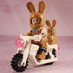 """– @bricks_aas på Instagram: """"The bike is a story of Rabbit ️ ~ ~ ~ ~ #toyphotography #brickcentral #legostagram #legolife…"""""""