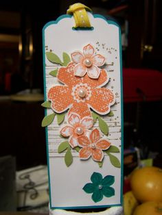 Petite Petals, Flower Shop, Gorgeous Grunge bookmark made with the new Stampin' Up! Scallop Tag Topper Punch