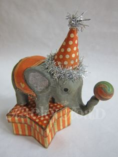 Circus elephant on star shaped trinket box #circus, #elephant