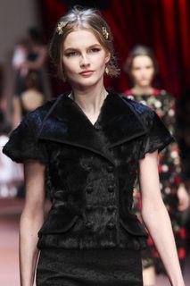 Dolce & Gabbana детали | Коллекции осень-зима 2015/2016 | Милан | VOGUE