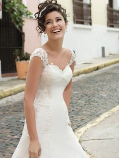 bridal dress with sleeves