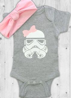 Baby Girl Onsies, Cute Newborn Baby Girl, Newborn Onesies, Disney Baby Clothes, Baby Kids Clothes, Baby Disney, Disney Baby Onesies, Star Wars Baby Clothes, Star Wars Onesie