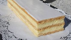 Cream slices: The recipe from master baker Jürg Gadient. Dutch Recipes, Baking Recipes, Dessert Recipes, My Dessert, Mini Foods, Cakes And More, Yummy Cakes, No Bake Cake, Cake Cookies