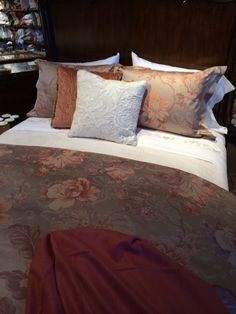 Now at French Quarter Linens in Portland: Tullia Italian-woven Egyptian cotton jacquard top-of-bed, Janella sheeting and Linwood decorative pillow.