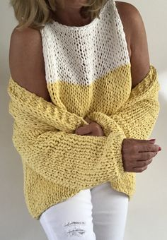 Как связать этот свитер Girls Jumpers, Girls Sweaters, Knitting Patterns Free, Hand Knitting, Crochet Sandals, Summer Knitting, Cowl Scarf, Knitwear, Knit Crochet