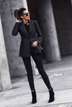 Cute Blazer Outfits Ideas For Women 34