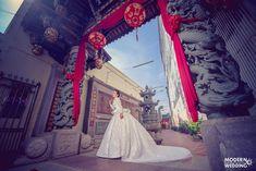 🎉สะกดทุกสายตาดั่งต้องมนต์🎶😙กับชุดเจ้าสาวซีทรู👰แหวกอกที่จะดึงความโดดเด่นออกมาให้คุณเฉิดฉาย👑แบบโฉบเฉี่ยว👄 แอบเปรี้ยวนิด ๆ เซ็กซี่💄ขยี้ใจหน่อย ๆแถมยังได้อ่อยเจ้าบ่าวเบา ๆ งานดีมีระดับแบบนี้ต้องรีบจัดเลยค่ะ Modern Wedding Studio Phuket สตูดิโอแต่งงานของคนมีระดับ😎😘 #preweddingphuket, #weddingphuket, #แต่งงานภูเก็ต, #ช่างแต่งหน้าภูเก็ต, #modernweddingphuket🎉