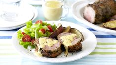 BUSHVELD SIRLOIN OF BEEF WITH AMARULA CREAM SAUCE - If you're bored of the same old beef recipes, you need to try this delicious sirloin steak recipe with a sensational Amarula Cream sauce.