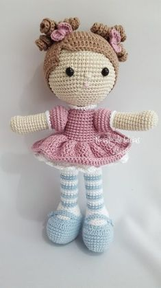 My crochet doll This post was discovered by Ha Crochet Mouse, Crochet Patterns Amigurumi, Cute Crochet, Amigurumi Doll, Crochet Baby, Crochet Doll Tutorial, Crochet Doll Pattern, Crochet Dolls, Crochet Animal Patterns