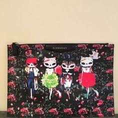 Givenchy Antigona Pochette Cats