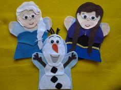 Frozen felt hand Puppets Anna, Elsa, Olaf Felt Puppets, Felt Finger Puppets, Hand Puppets, Puppet Patterns, Plushie Patterns, Felt Patterns, Elsa Olaf, Elsa Anna, Olaf Craft