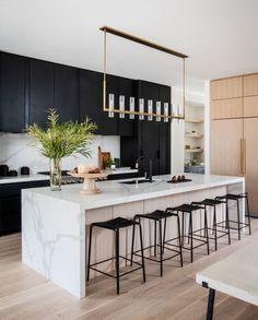 Kitchen Room Design, Home Decor Kitchen, Interior Design Kitchen, New Kitchen, Black Kitchen Decor, Kitchen White, Black Decor, Kitchen Dining, Black Kitchen Cabinets