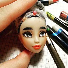 Some work in progress ^^ #Carmazin #doll #faceupdoll #repaint #repainteddoll #mermaid #winx #clubwinx #musa #ooak #ooakdoll #customdoll #wip #workinprogress
