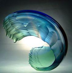 Ocean waves captured in stunning glassworks by Graham Muir - Artists Inspire Artists