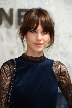 Super natural makeup with light smoky eye. Love it! Alexa Chung at Chanel's Fall 2013 Couture show.