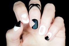 Black and White Negative Space Nails Tutorial: learn how to do one of the most popular runway nail art designs in 6 easy steps. Just follow our tutorial...