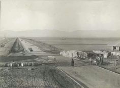 Looking northward along Van Nuys Boulevard under construction in the San Fernando Valley California History, Vintage California, California Love, Southern California, Los Angeles County, Los Angeles California, Van Nuys California, San Luis Obispo County, San Fernando Valley