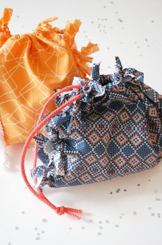 DIY: no sew favor bags
