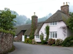 Pink cottage in Dunster English Cottages, English House, Country Cottages, Country Houses, Cottage Gardens, Cottage Homes, Cozy Cottage, White Cottage, Shabby Chic Garden